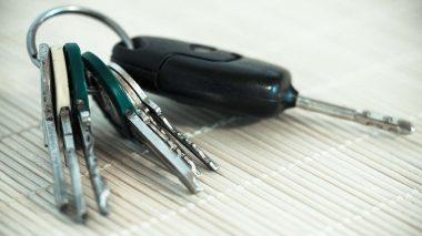 Autoschlüssel abgeben: Carsharing mit Nachbarschaftsauto