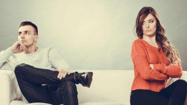 Gewaltfreie Kommunikation: Paar hat Kommunikationsprobleme