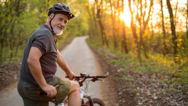 Durch Radfahren fit bleiben