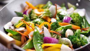 Gemüse im Wok