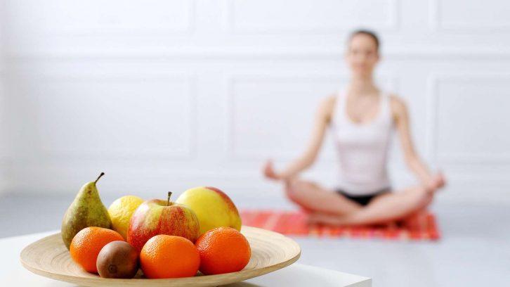 Yoga und vegane Ernährung passen gut zusammen
