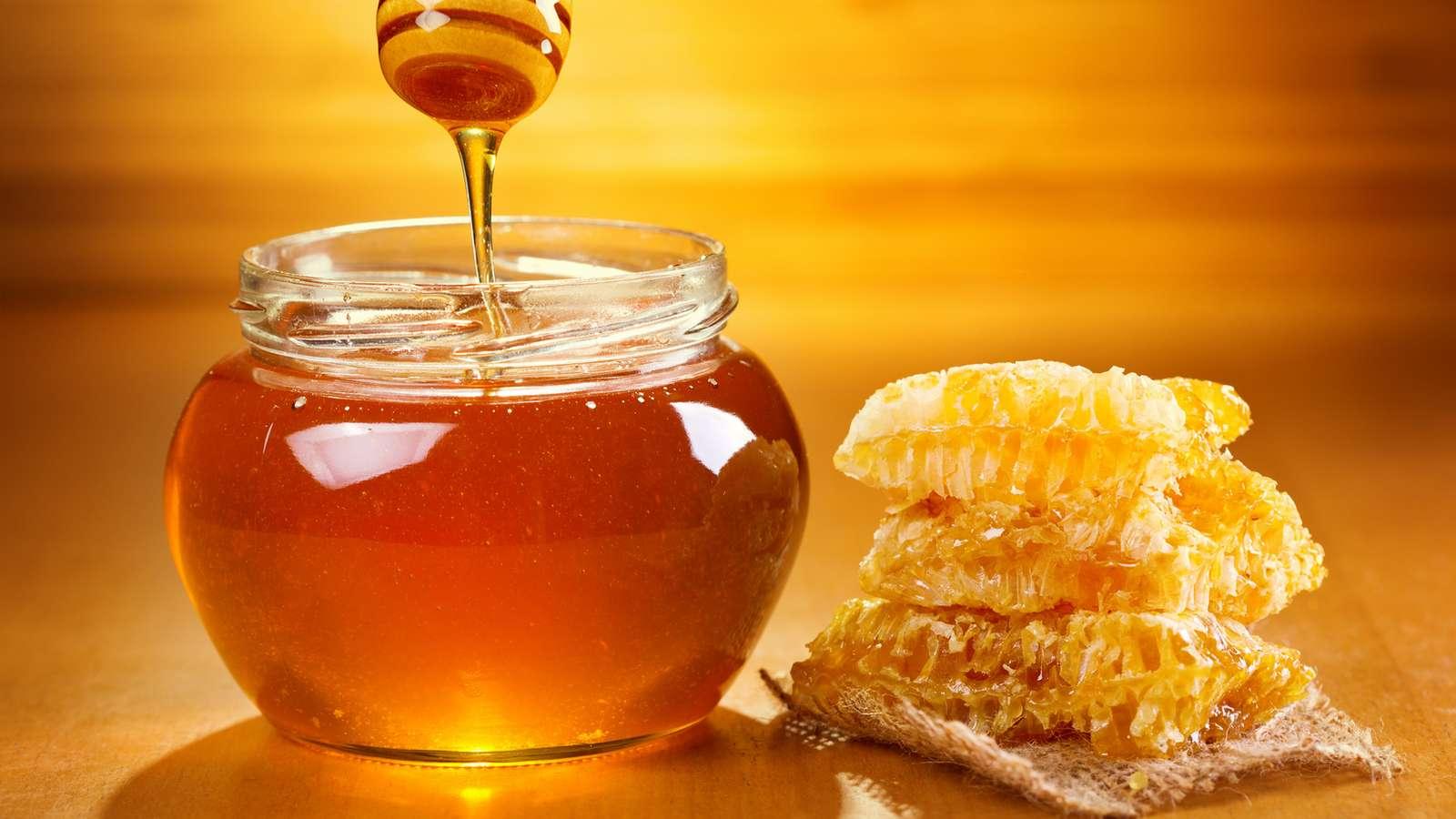 warum du manuka honig essen solltest und wie seine anwendung ist evidero. Black Bedroom Furniture Sets. Home Design Ideas