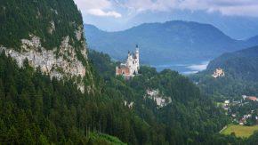 Schloss Neuschwanstein ist eine von den schönsten Burgen in Deutschland