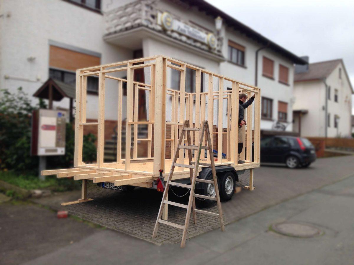 tiny houses in deutschland evidero. Black Bedroom Furniture Sets. Home Design Ideas