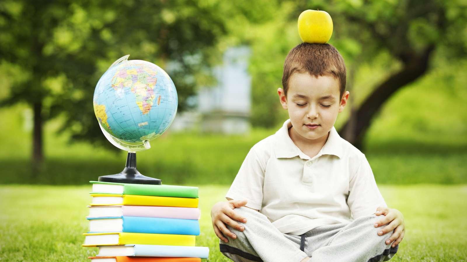 weniger stress bei kindern durch achtsamkeitstraining an schulen