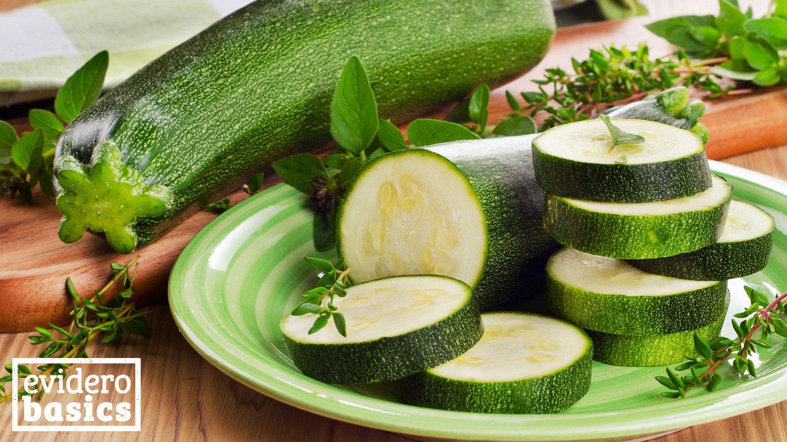 zucchini ist gesund und hat wenig kalorien evidero. Black Bedroom Furniture Sets. Home Design Ideas