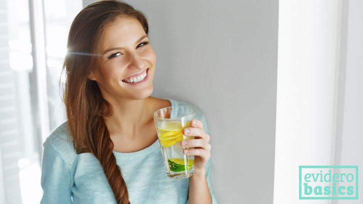 Viel trinken: Abnehmen mit Fasten