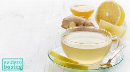 Hausmittel wie Tee gegen Erkältung