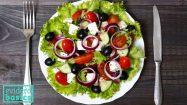 Ein griechischer Salat: Abnehmen durch die Mittelmeer Diät