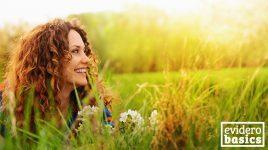 Diese Frau tankt Vitamin D in der Sonne