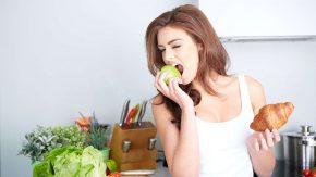 Obst statt Croissant: Das falsche Essen macht krank, das richtige Essen macht gesund