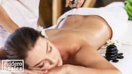 Lulur Massage mit Ölen