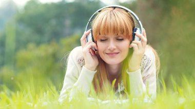 Musik hören in der Natur: Was tun bei Reizüberflutung durch Hochsensibilität?
