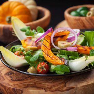 Mittagessen Rezepte: Salat mit Kürbis
