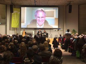 Jon Kabat Zinn spricht beim Meditation und Wissenschaft Kongress