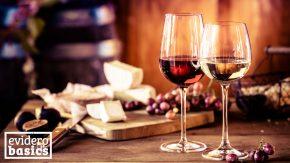 Bei Histamin Intoleranz verträgt man keinen Rotwein und Käse