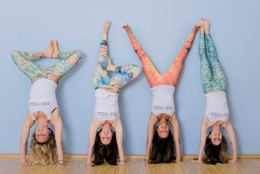 Yes!Yoga Kopfstand