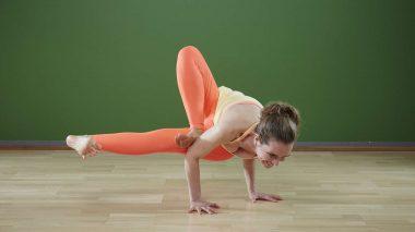 Mit Yoga die Chakren in Balance bringen
